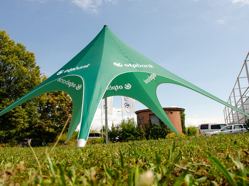 Green star tent with logo print