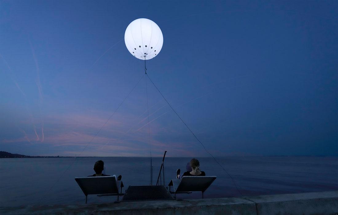 Harbour Moon illuminated helium balloon